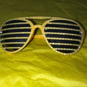*** NEW *** Striped Rhinestone Sunglasses- Yellow